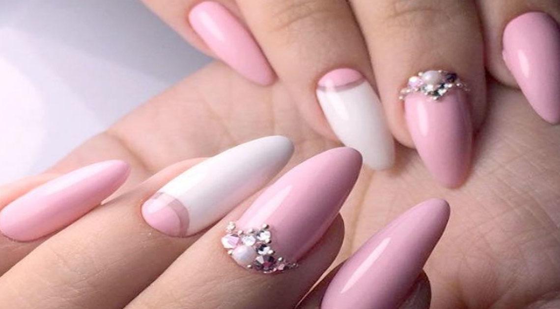 Розовое золото, кварц, пастельный — 30+ стильных вариантов маникюра в трендовом розовом цвете