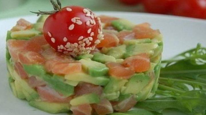 Восхитительные салаты из авокадо: 21 рецепт на любой вкус